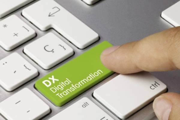 DX(デジタルトランスフォーメーション)の課題は? 推進のポイントや海外の事例を解説